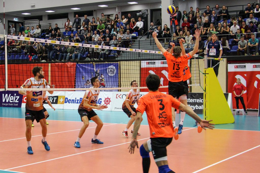 Herrenfinale: VCA Amstetten NÖ gg VBC TLC Weiz. Image shows: game action