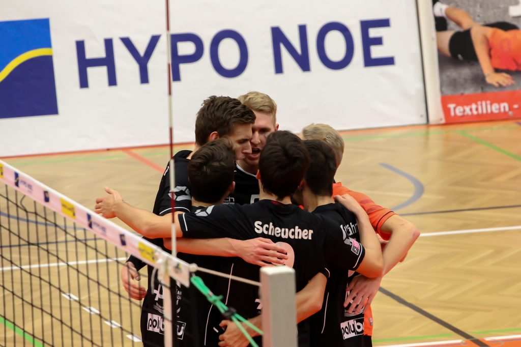 DenizBank AG Austrian Volley League Men 2017/18 SG VCA Amstetten NÖ/hotVolleys vs VBC TLC Weiz - Credit: Peter Maurer - Bild zeigt: SG VCA Amstetten NÖ/hotVolleys