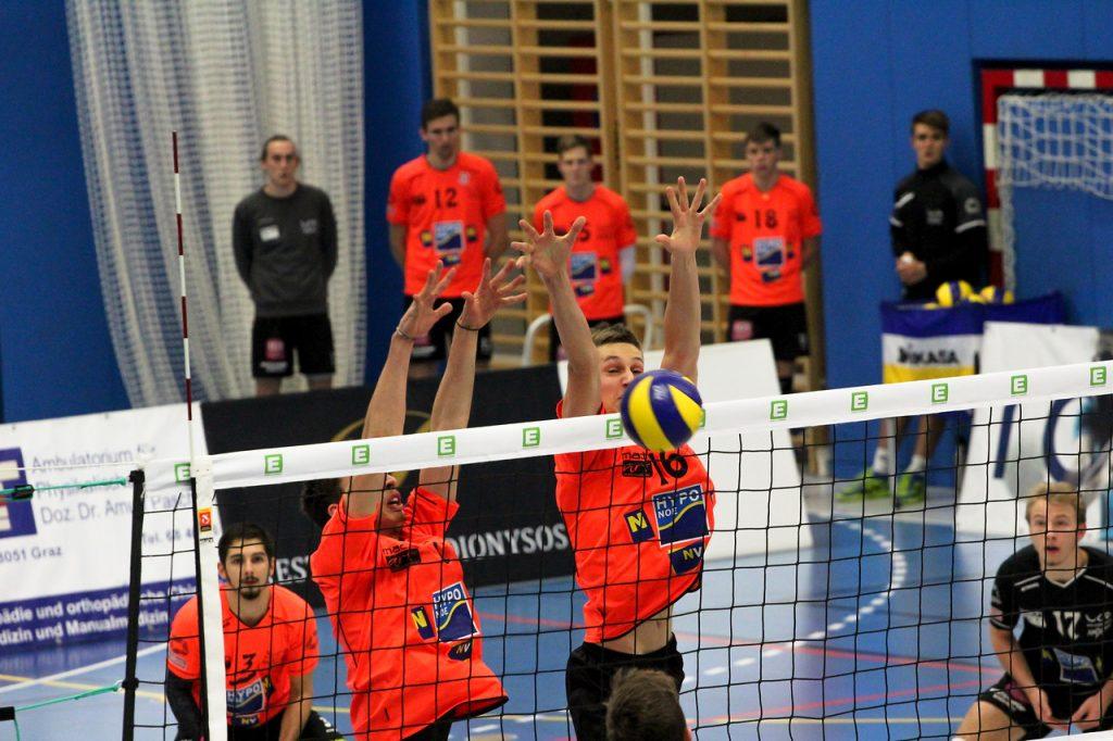 DenizBank AG Volley League Men 2017/18 UVC Holding Graz - SG VCA Amstetten NÖ/hotVolleys - Credit: Peter Maurer - Bild zeigt: #7 Fabian Kriener, #16 Mathäus Jurkovics