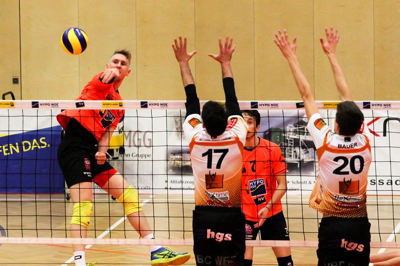 DenizBank AG Volley League Men 2017/18 SG VCA Amstetten NÖ/hotVolleys vs VBC TLC Weiz - Credit: Peter Maurer - Bild zeigt: #5 Thomas Tröthann
