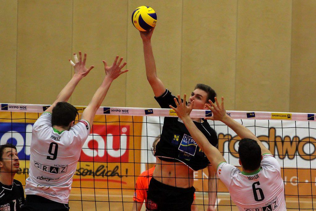 DenizBank AG Volley League Men 2017/18 SG VCA Amstetten NÖ/hotVolleys - UVC Holding Graz - Spiel um Platz 3 (1) - 06/04/2018 - Credit: Peter Maurer - Bild zeigt: #12 Fabian Schmiedbauer