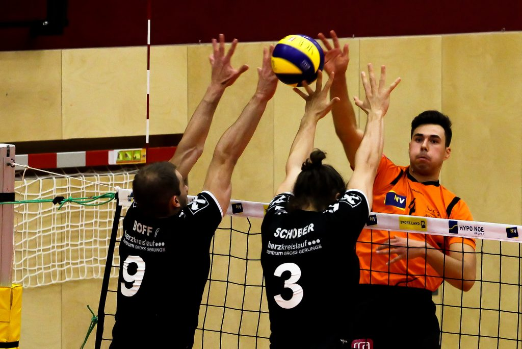 2018-19 DenizBank AG Volley League Men: SG VCA Amstetten NÖ gg. SG Union Raiffeisen Waldviertel - 07/11/2018 - Bild zeigt: #4 Cameron Branch - Credit: Peter Maurer