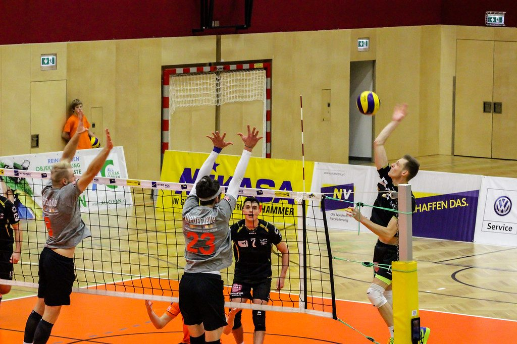 2018-19 DenizBank AG Volley League Men: SG VCA Amstetten NÖ gg. UVC Ried/Innkreis - 22/12/2018 - Bild zeigt: Niklas Etlinger - Credit: Peter Maurer (honorarfrei bei redaktioneller Verwendung)