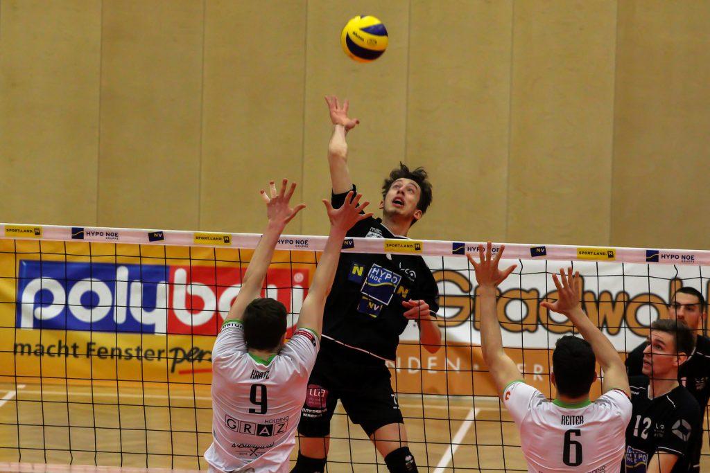 DenizBank AG Volley League Men 2017/18 SG VCA Amstetten NÖ/hotVolleys - UVC Holding Graz - Spiel um Platz 3 (1) - 06/04/2018 - Credit: Peter Maurer - Bild zeigt: #7 Fabian Kriener